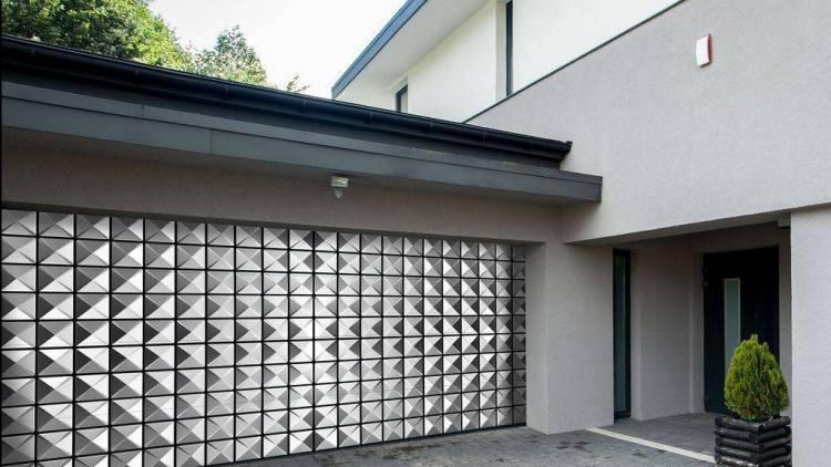 секционные ворота с рисунком